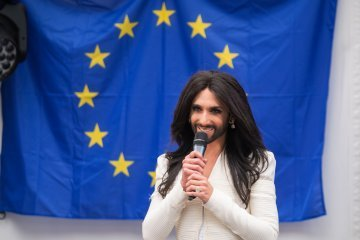 All Europeans are equal, but some are more equal than others : Eurovision and the European Union