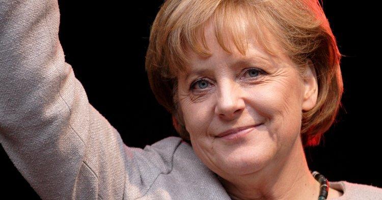 Angela Merkel La Femme La Plus Puissante Du Monde Le Taurillon
