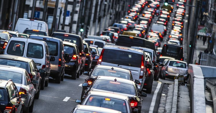 Normes de pollution : l'industrie automobile au pied du mur ?