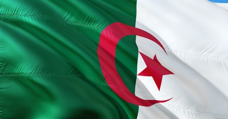 Europe and the Revolution of Smiles: Reassessing EU-Algeria Relations