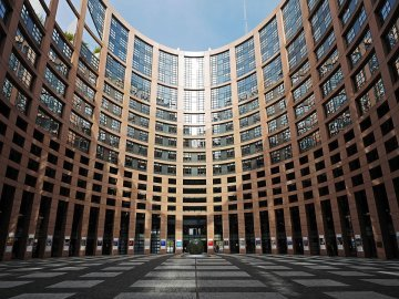 Making Europe more democratic: Why the European Parliament needs a right of initiative