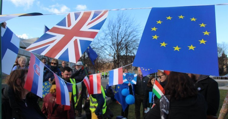 Initiative for 'Permanent EU Citizenship': British exceptionalism or call for European solidarity?