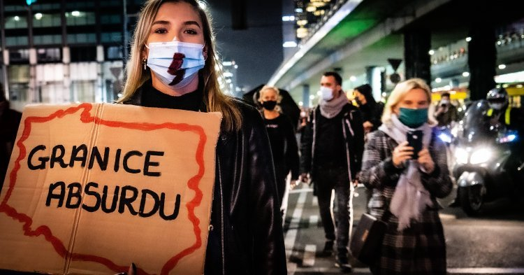 Black protests in Poland: Women's strike or objection towards the government?