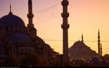Turkey – Istanbul mourns its dead, Erdogan tightens the screw