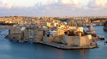 How is Malta's corruption and lack of good governance affecting the EU ?