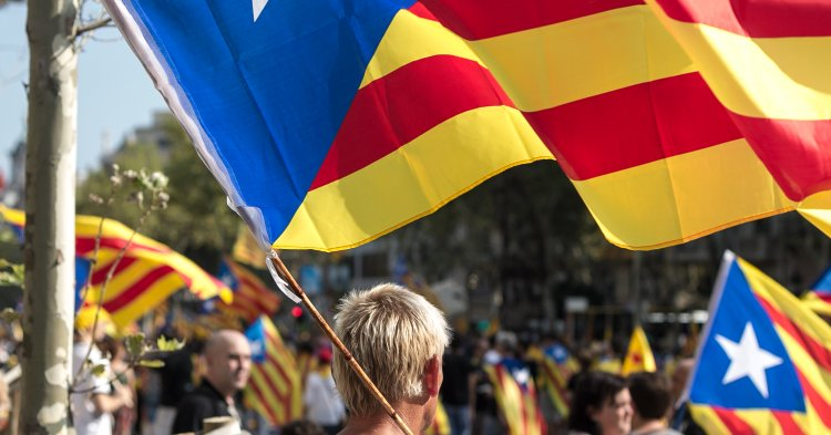 Some questions about Catalan independence
