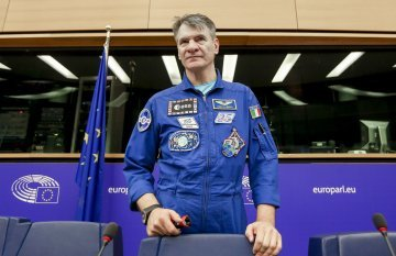 Protecting and viewing the planet from the space : an interview with astronaut Paolo Nespoli