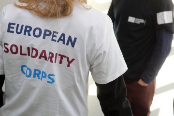 European Solidarity Corps: Bittersweet development of a new EU programme