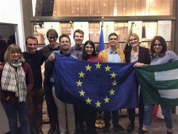 In varietate concordia: Greetings from TNF authors of the College of Europe!